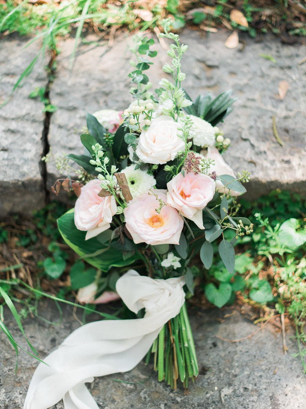 christinadavisphotography-romanticwedding-gardenweddinginspiration69.jpg