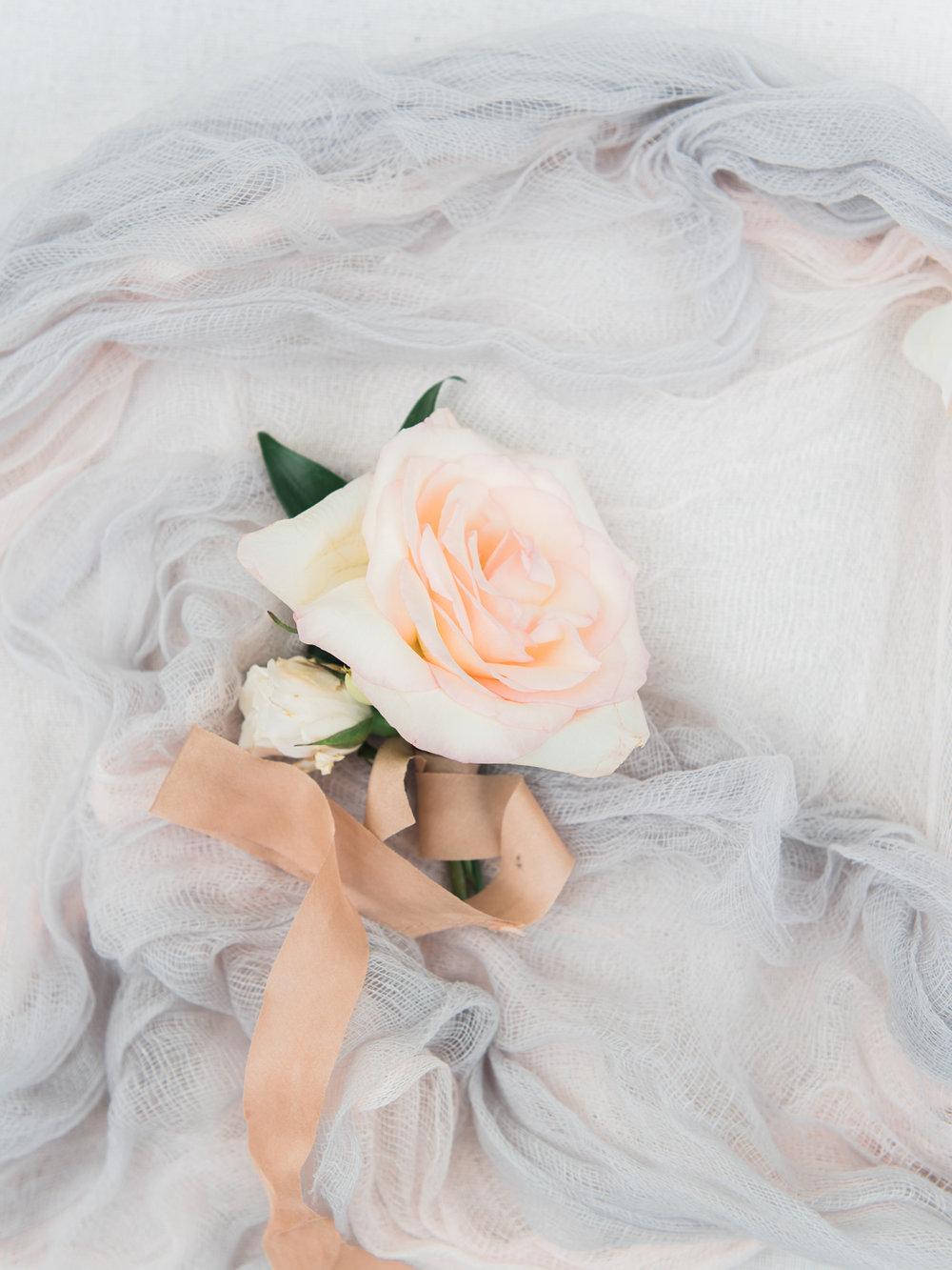 christinadavisphotography-romanticwedding-gardenweddinginspiration73.jpg