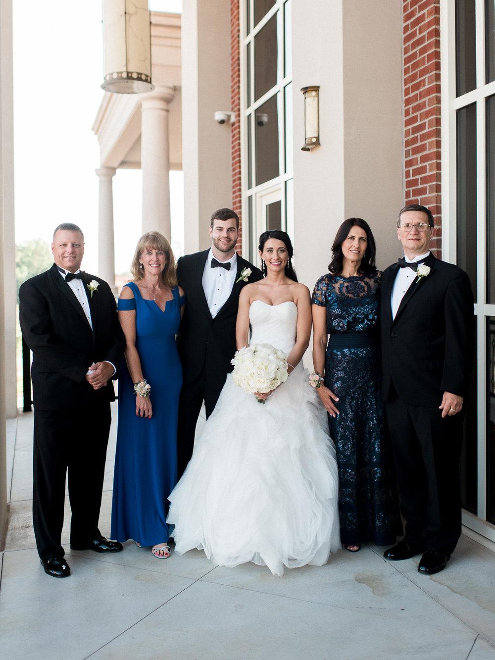 alexgreg-wedding-familyportraits-bridalparty-christinadavisphoto40.jpg