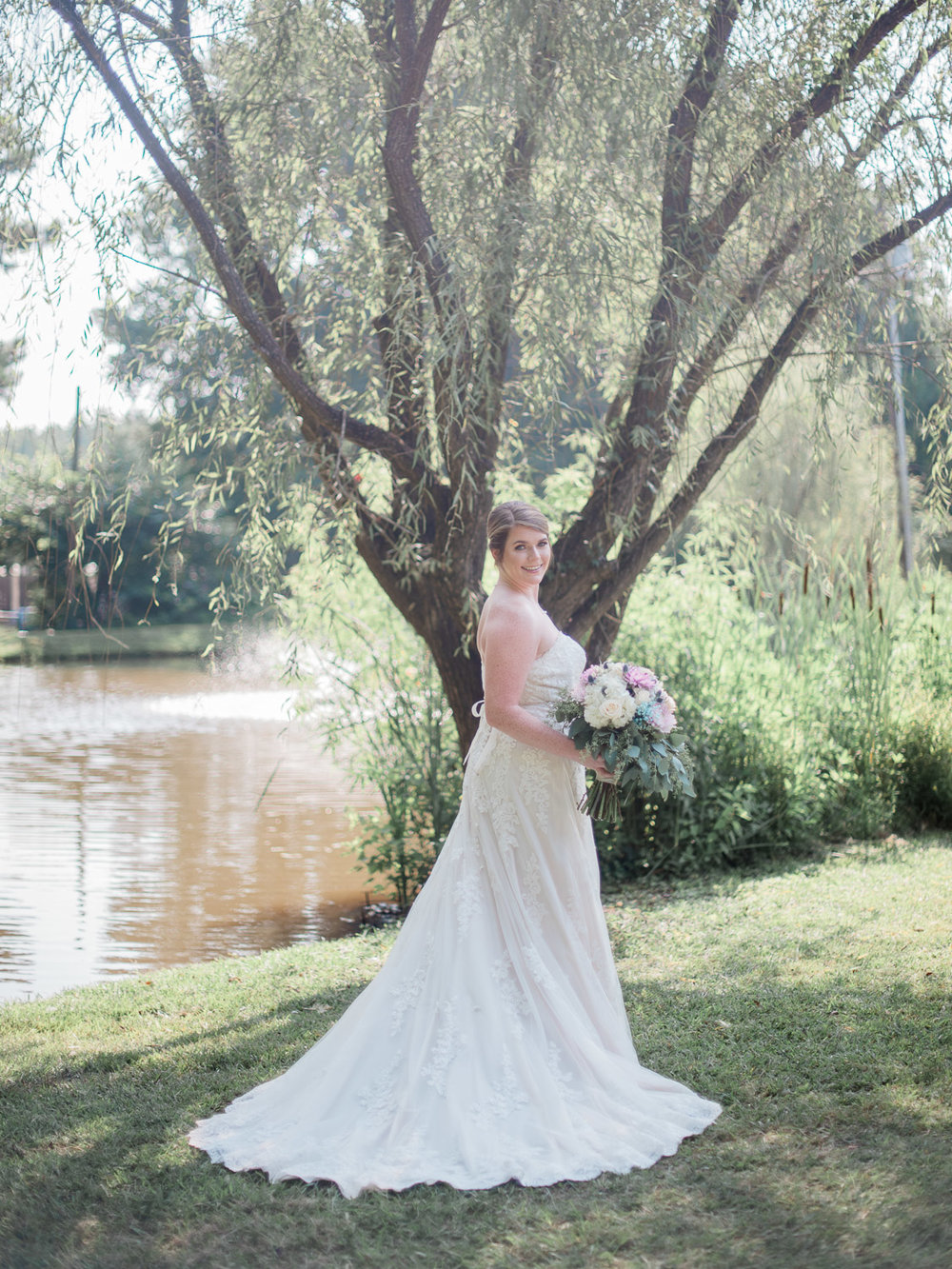 taryntyler-bridalportraits-christinadavisphoto08.jpg