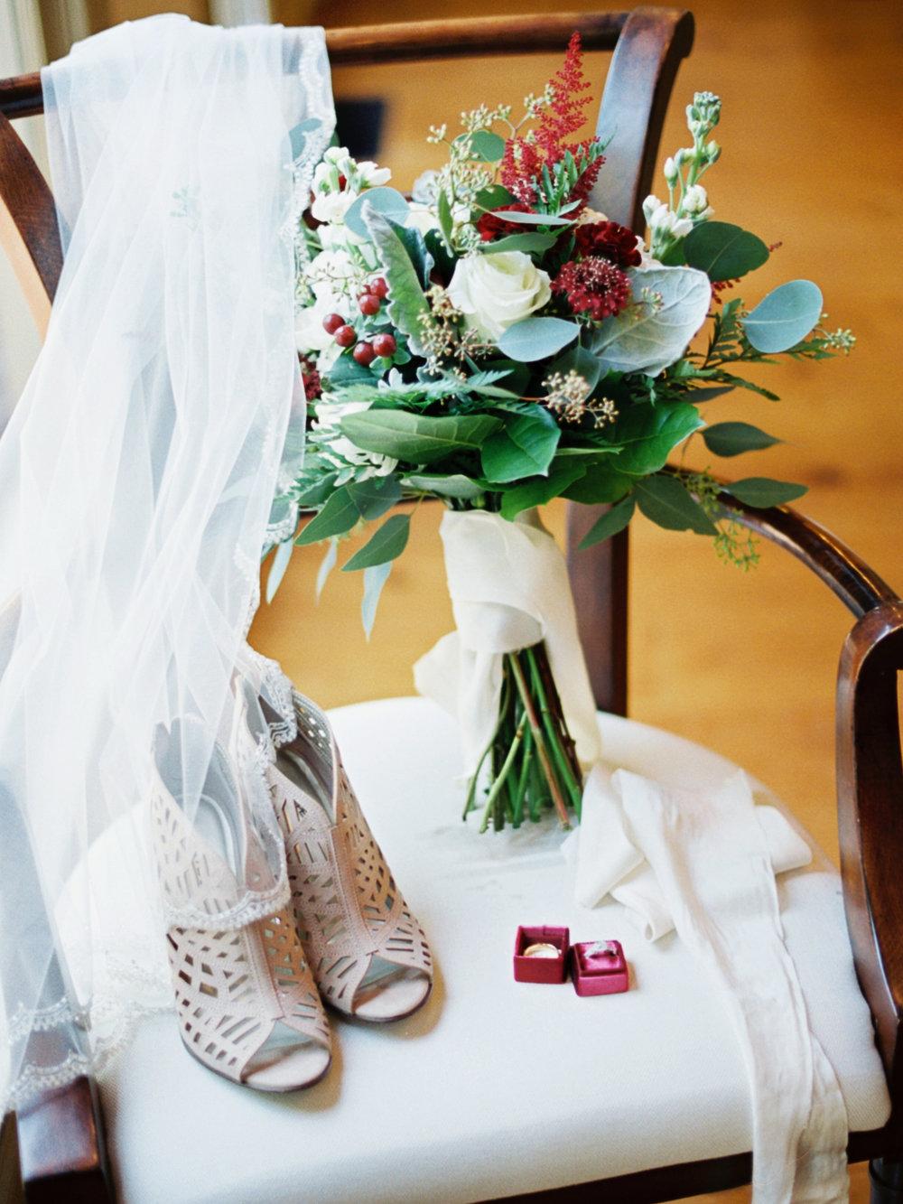 ashleybilly-wedding-brideprep-christinadavisphoto176.jpg