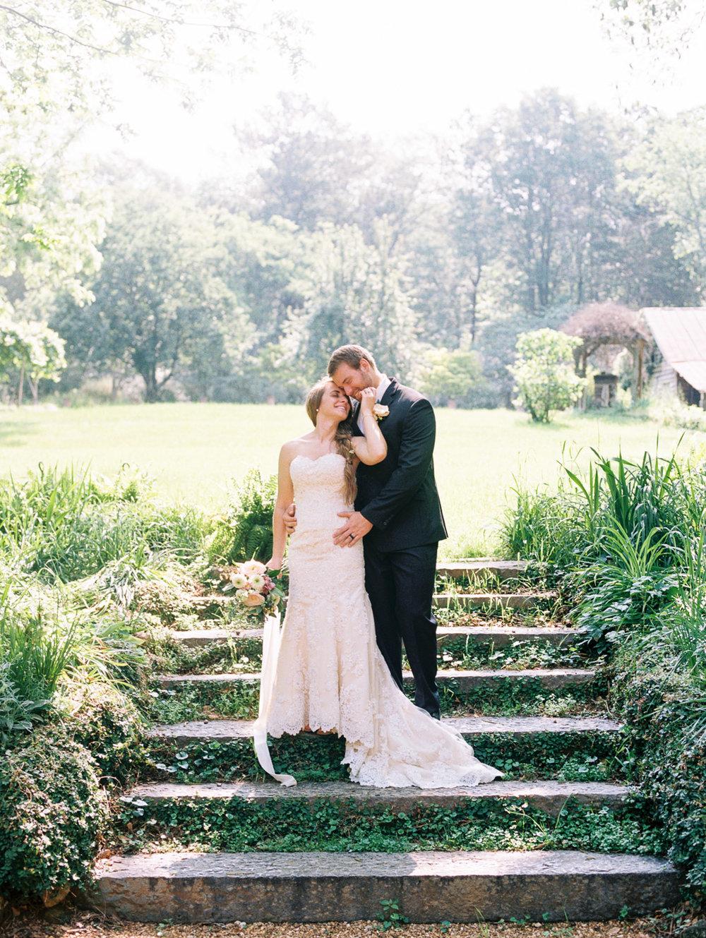 christinadavisphotography-romanticwedding-gardenweddinginspiration11.jpg