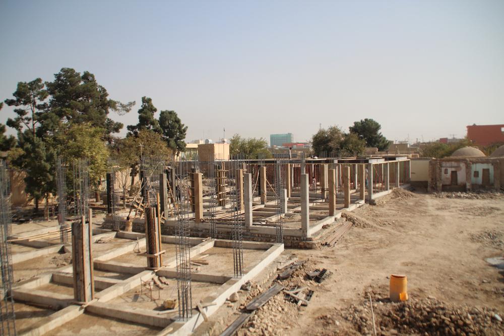 concrete frame _ photo by Airokhsh Faiz Qaisary