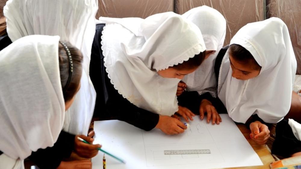 students imagining a new school_photo by Airokhsh Faiz Qaisary