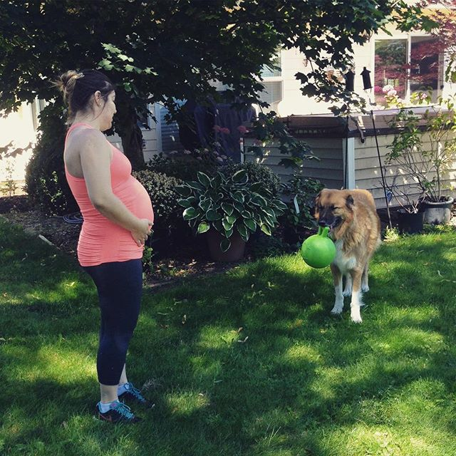 I can't wait to have a little cousin in September! My Auntie Nicole (@rockaffair) came all the way to Oregon to play with me and toss my #JollyBall around for me! #ImSoHappyRightNow