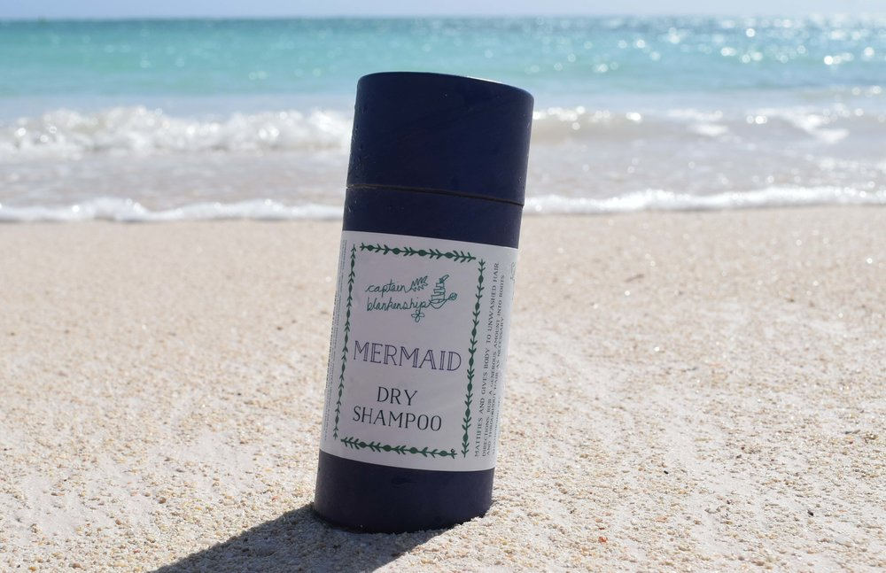When sailing and island hopping, I have found it best to try and minimize getting my hair wet (as well as washing it), I know that this is hard but when possible dry shampoo can be your best friend. My go to for a natural choice is Captain Blankenship Mermaid Dry Shampoo, that has an organic arrowroot powder base that works wonders on keeping your hair fresh and oily free. You can BUY this miracle powder HERE on Amazon for $18.50 (2 oz) or $29 (4oz)