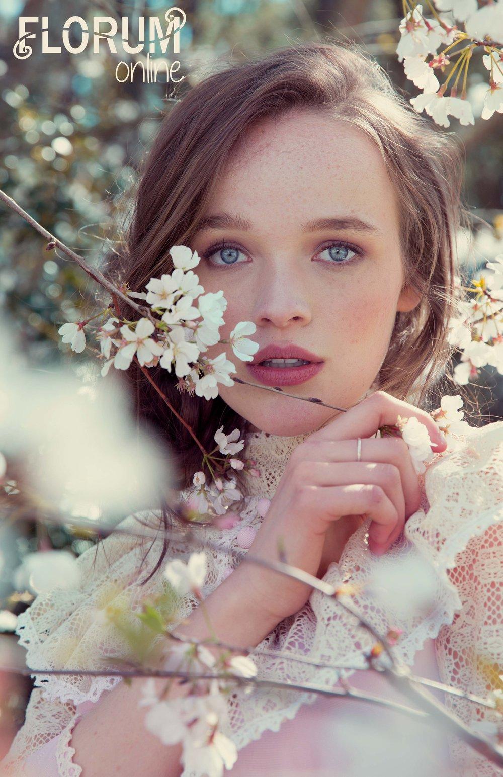 KATIE PARKER - VINTAGE - le Printemps - floral spring editorial for Florum Fashion Green Magazine.jpg