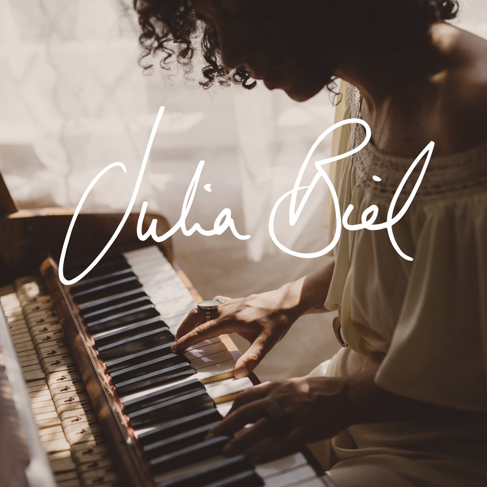 'JULIA BIEL' (album)