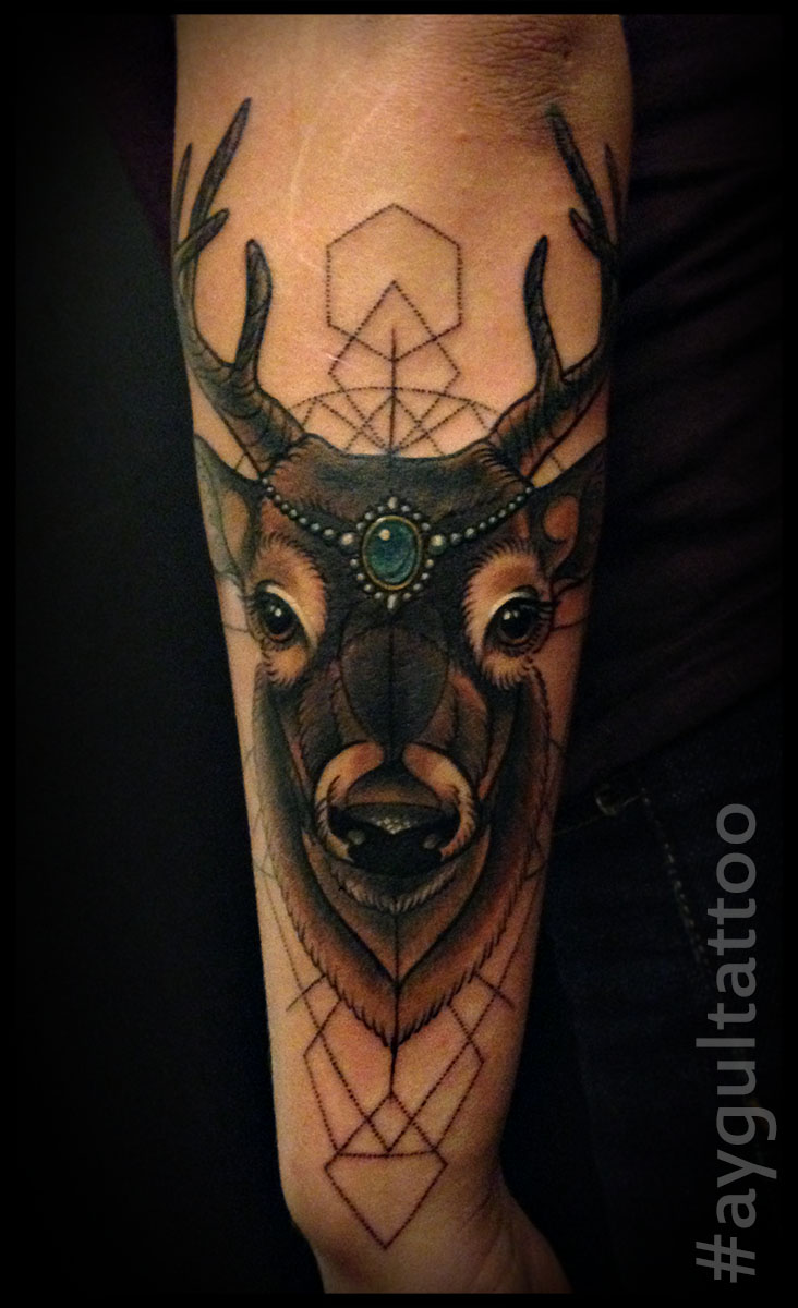 #deer #geometry #aygultattoo