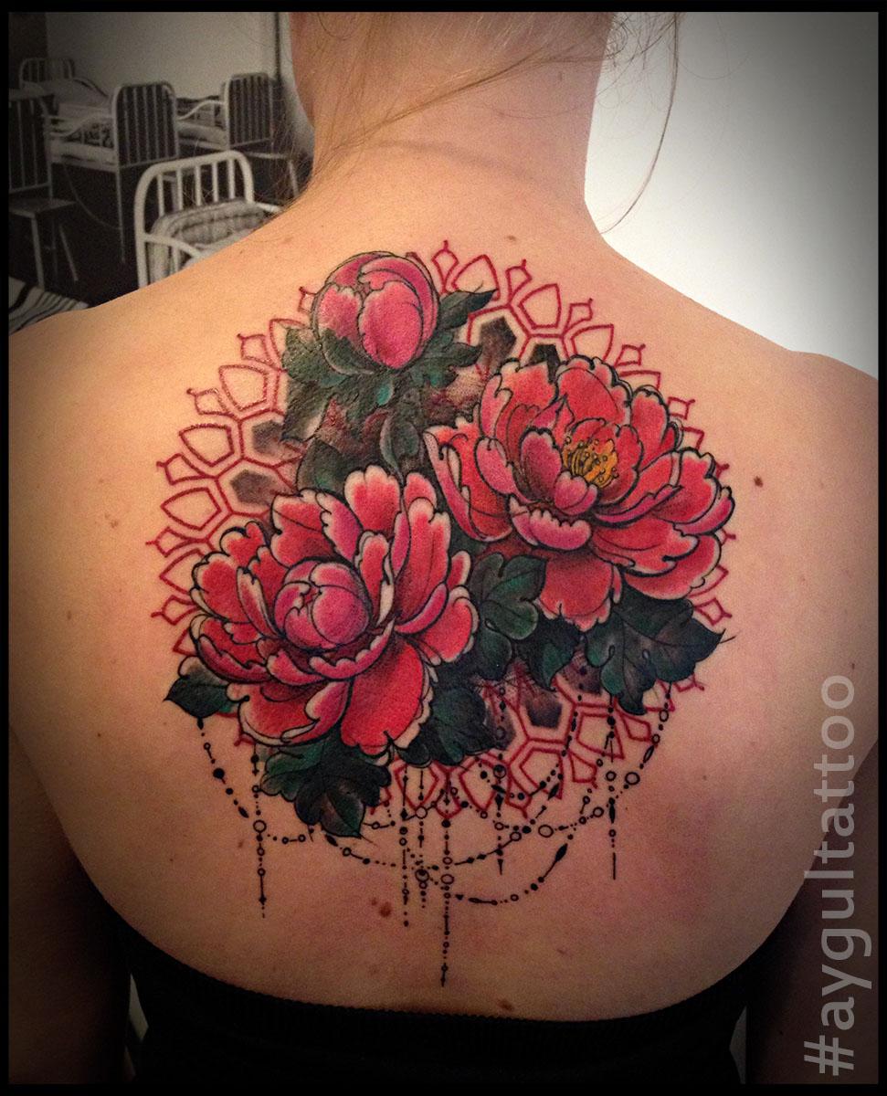 #peony #flowers #color #aygultattoo