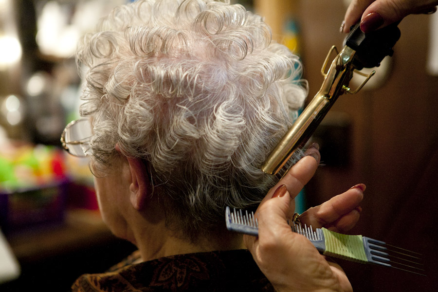 curling hair old women