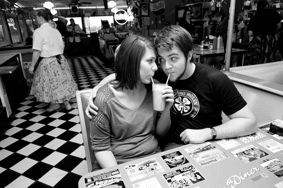 engagement photos in a diner