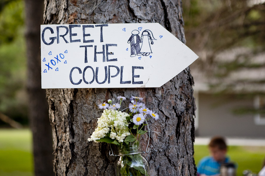 diy outdoor wedding signs