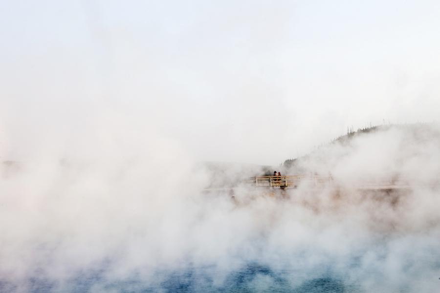 midway geyser basin