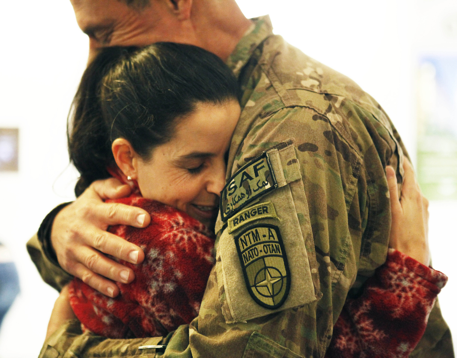soldier returning from afghanistan