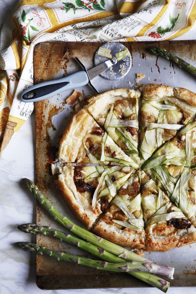 Asparagus Pizza | Katie Currid