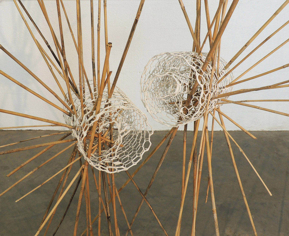 Permeable Intersections. Hex netting wire, paint, bamboo reeds. Size variable. 2017