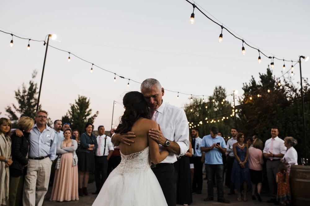 Bend-OR-Wedding-Photographer-8.jpg