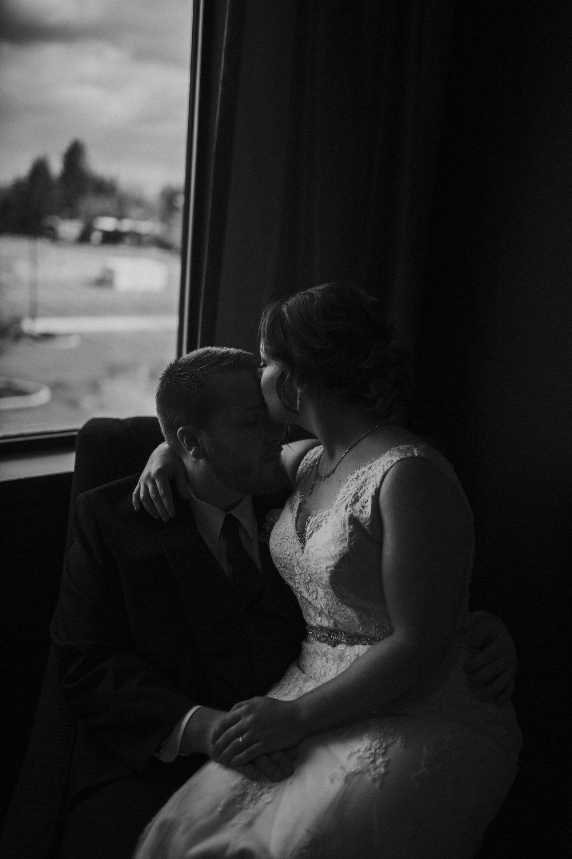 Bend-OR-Wedding-Photographer-13.jpg