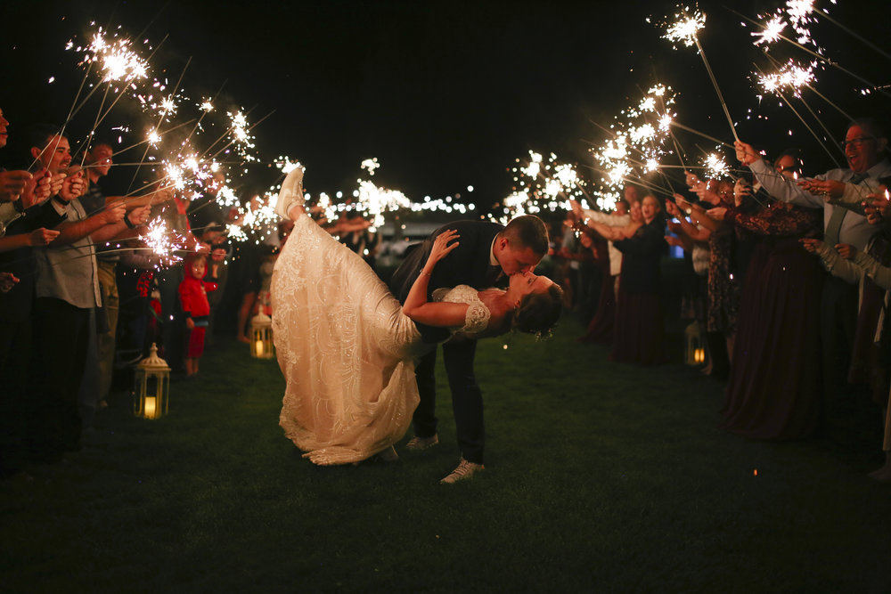 Bend-OR-Wedding-Photographer-2.jpg