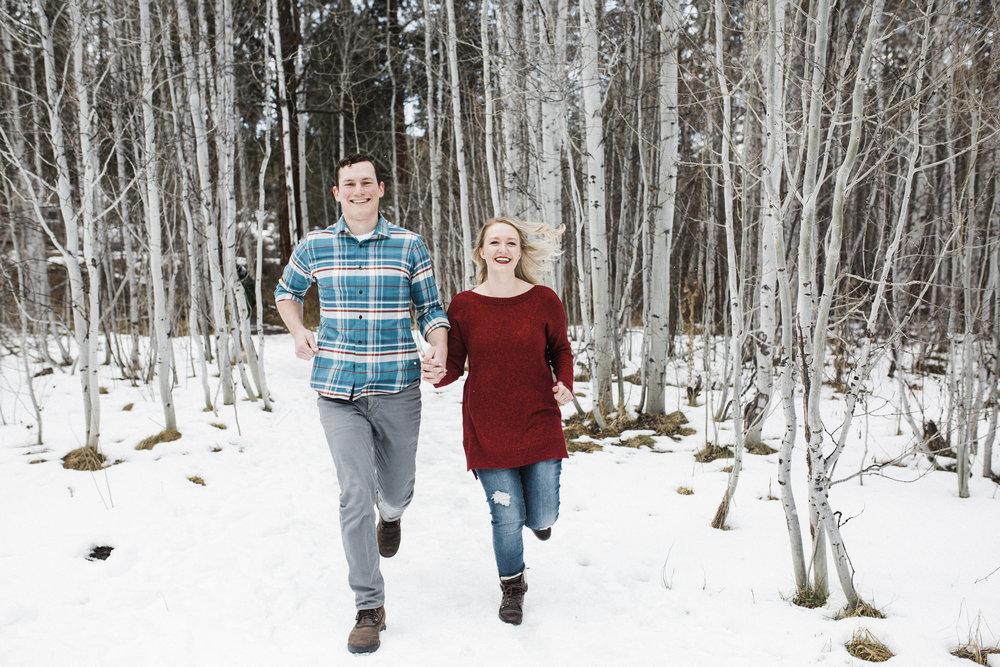 Bend-OR-Wedding-Photographer-Engagement-Couples-3.jpg