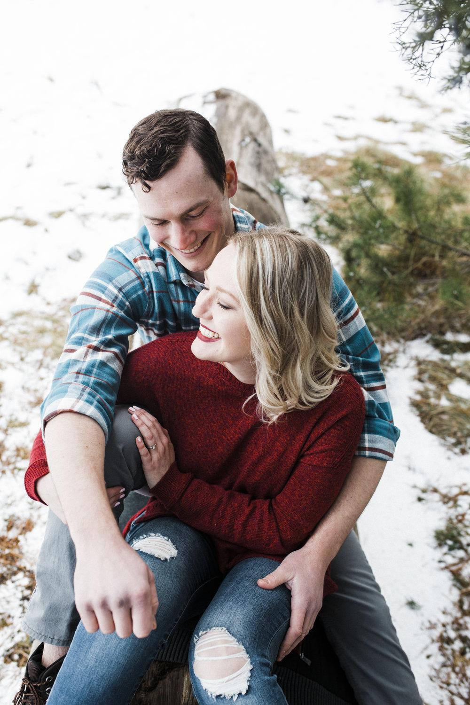 Bend-OR-Wedding-Photographer-Engagement-Couples-6.jpg