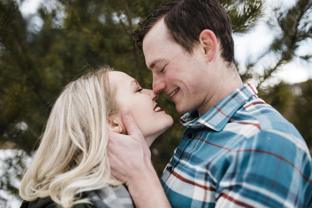 Bend-OR-Wedding-Photographer-Engagement-Couples-9.jpg