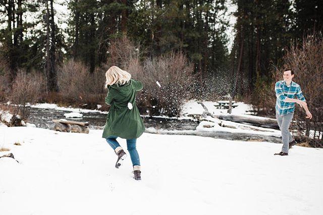 I really wish all this rain was snow, I could go for a good ol' fashion snowball fight! • • • • • • • #pnw #centraloregon  #bendor #bendoregon #inbend #mtorchiophotography #vsco #weddingphotographer #weddingphotography  #PNWedding #bestoforegon #vscocam #prayforsnow #oregonbride #thatpnwlife #westcoast #bendbride #centraloregonweddings #bendbridalguide #wedventuremagazine #oregonwedding #fineartoregonwed #oregonweddingphotographer #chasinglight #thebloomproject #subjectlight #lightinspired #thephotographerwithin #lookslikefilm #oregonweddingphotographer