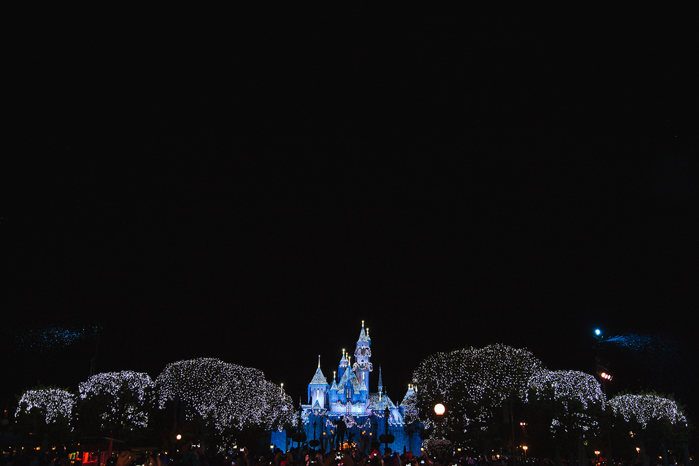 sleeping beauty castle disneyland.jpg