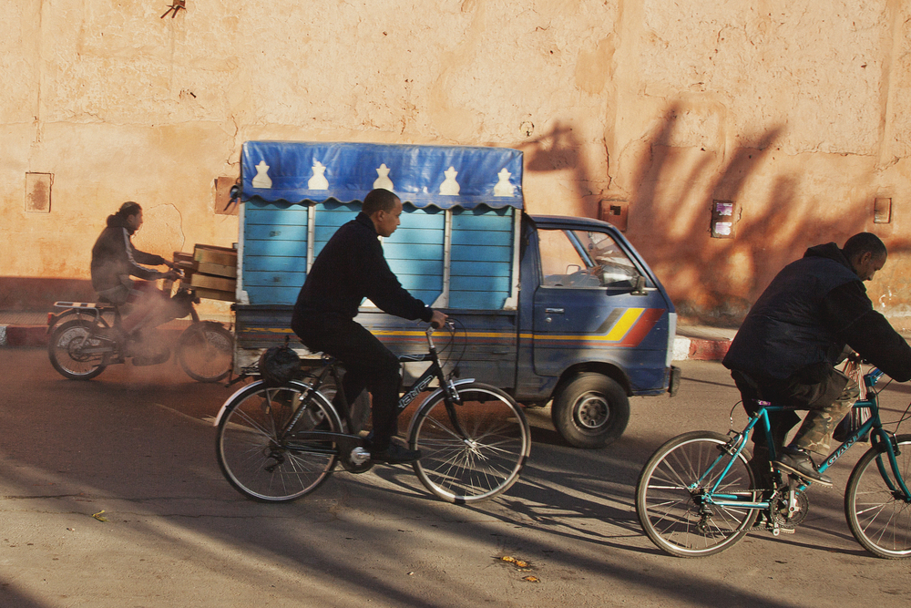 bikes-in-traffic-with-moroccan-lory-travel-photographer.jpg