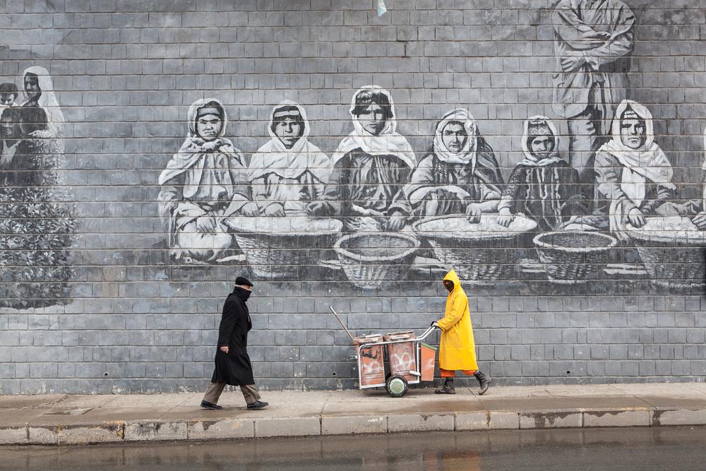 Street cleaner, Kurdish Iraq