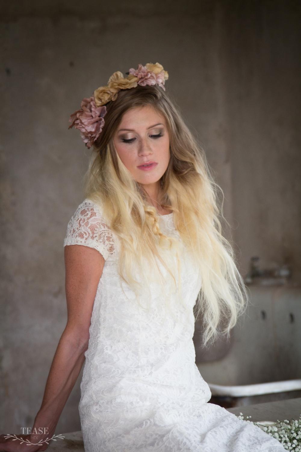 houston-bridal-hair-down-makeup-gold-airbrush.jpg