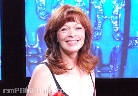 16585887_Secrets-of-the-Red-Carpet-Titanic-s-Frances-Fisher-Discusses-Costumes-Style-and-Comfort-jpg.jpeg