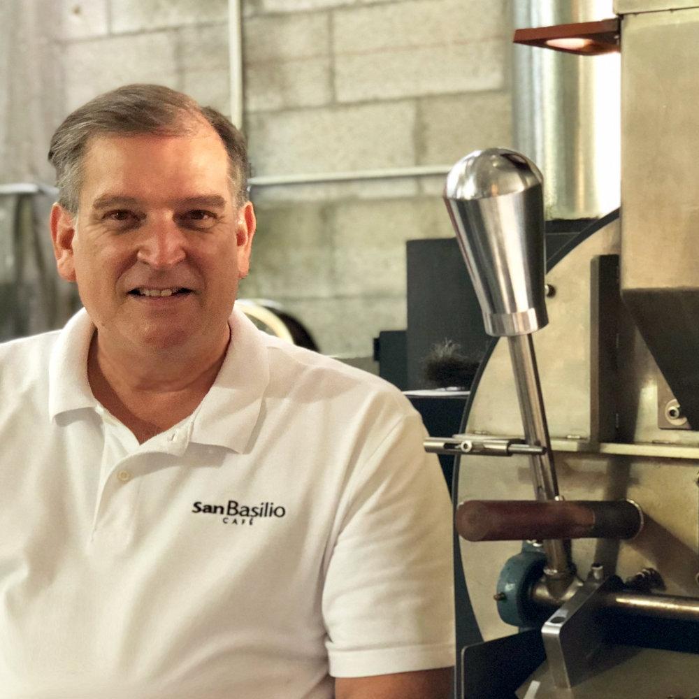 Adolfo Solórzano - Owner | Head Roaster
