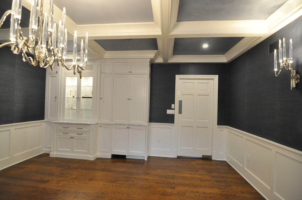 KAM DESIGN_Dining Room Millwork_Custom Cabinet_Wet Bar_Wainscot_Coffered Ceiling_Grass Cloth Wallpaper_WideAngle-1.jpg