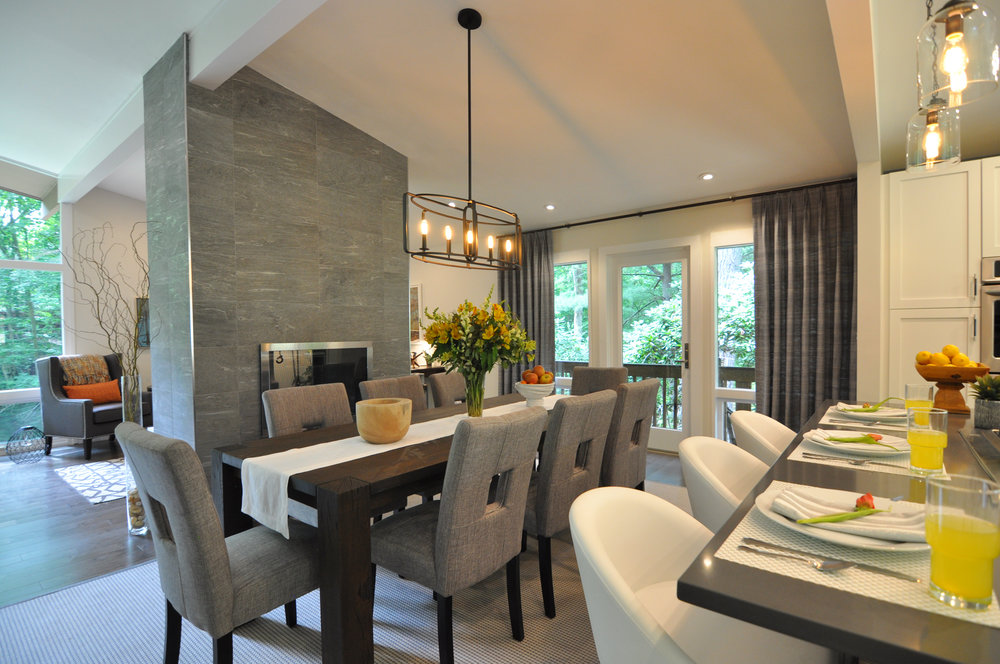 Kim Mitchell_Design Lead_The Property Brothers_Season 6_Episode 9_View to Family Room_Modern Dining Room_Air 2017.jpg