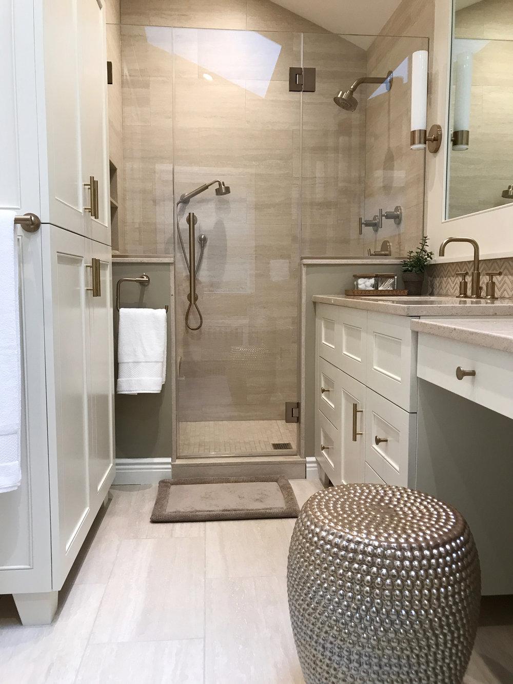 KAM Design_MasterBath_Shower_GlassEnclosure_LinenCloset_Stool_Pleasantville_2017.jpg