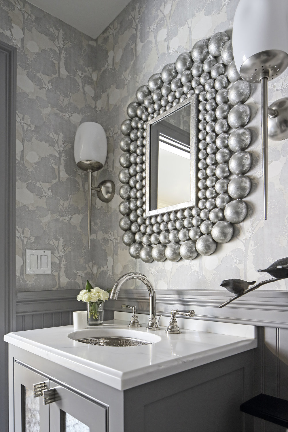 KAM DESIGN_2018_LARCHMONT_PowderRoom245.jpg