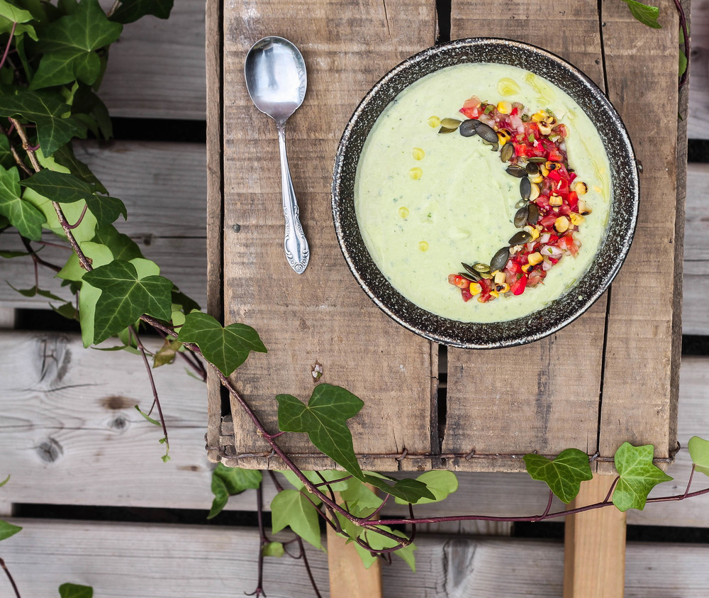 Cucumber Avocado Gazpacho || This cold soup recipe is creamy + fresh with a hint of spice. Perfect for a healthy detox, summer day or barbecue party! Lovely for breakfast, lunch, dinner or served as a side on a hot day. Plant based, dairy free, gluten free, + vegan. || creamandhoney.ca