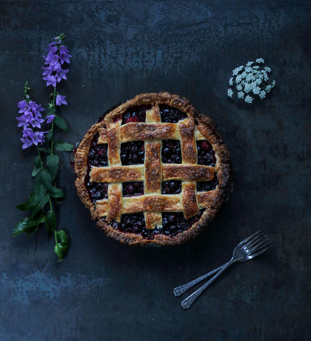 BUMBLEBERRY PIE || Cream + Honey