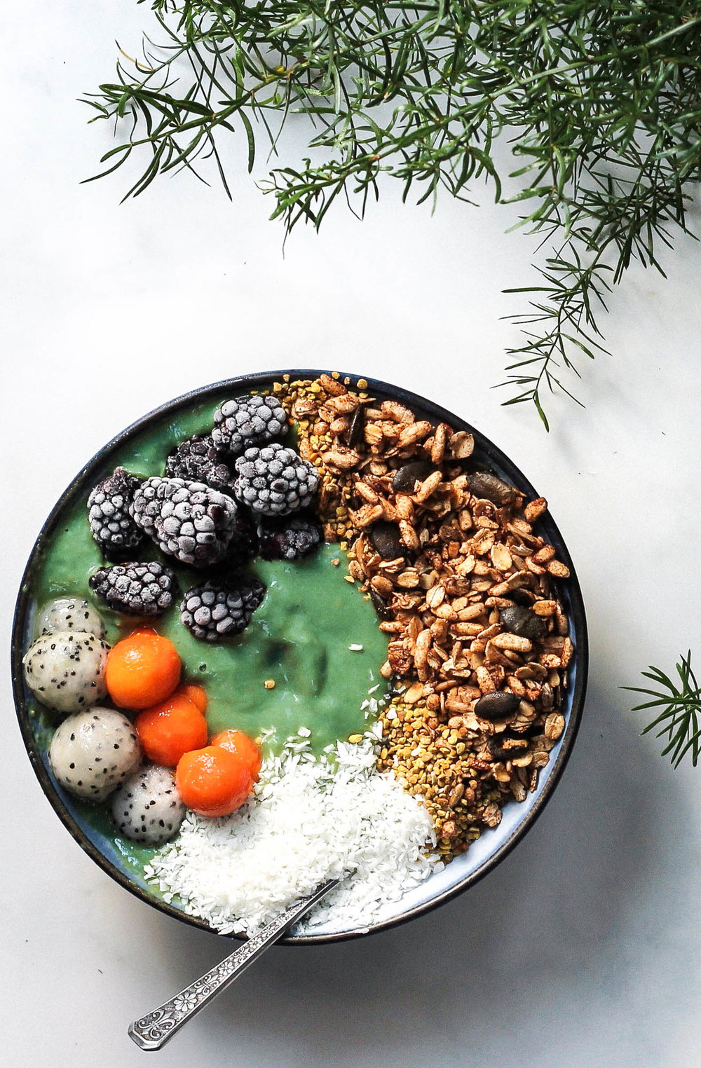 MERMAID SMOOTHIE BOWL || Cream + Honey