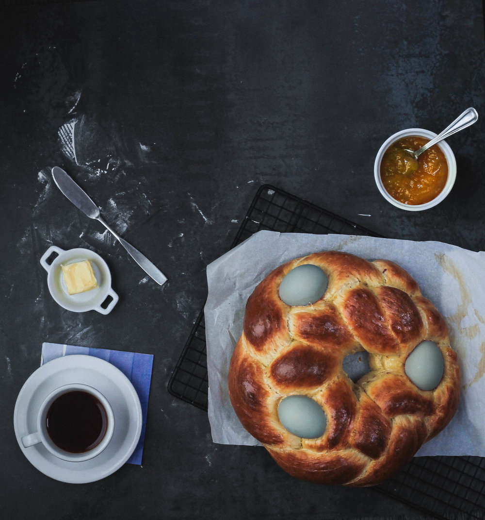 CARDAMOM   + BLOOD ORANGE TSOUREKI: EASTER EGG BREAD
