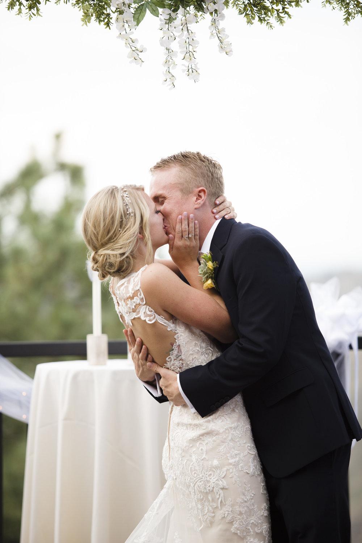 kristen-vance-mt-vernon-country-club-golden-colorado-wedding-2017-2.jpg