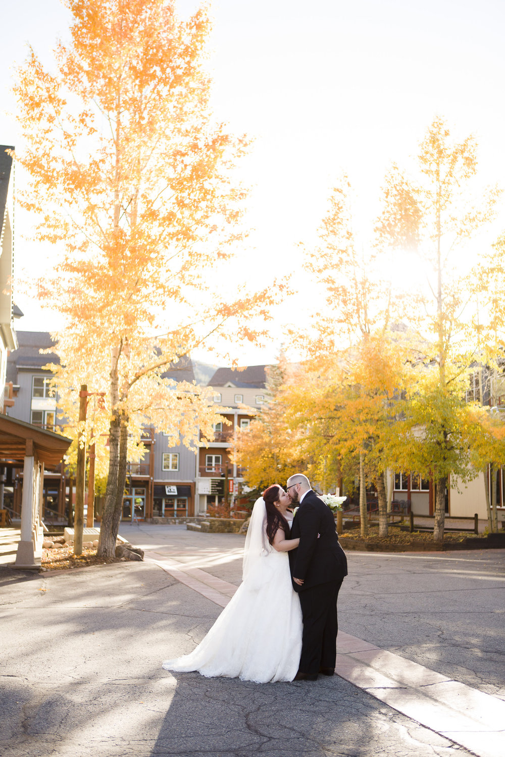 kristen-vance-warren-station-keystone-colorado-fall-wedding-2017.jpg
