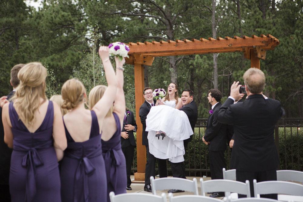 kristen-vance-wedgewood-black-forest-colorado-wedding-2017.jpg