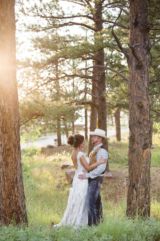 kristen-vance-boettcher-mansion-golden-colorado-summer-wedding-2017-3.jpg