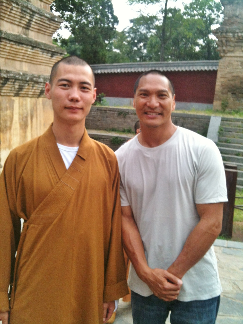Shi Yanti and Jason Scott Lee