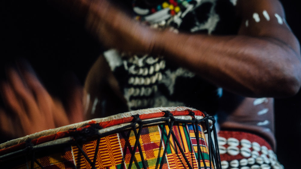 vusishibambo_handdrummer_drums_drumlessons_phoenix_Sedona_africandrums-3.jpg