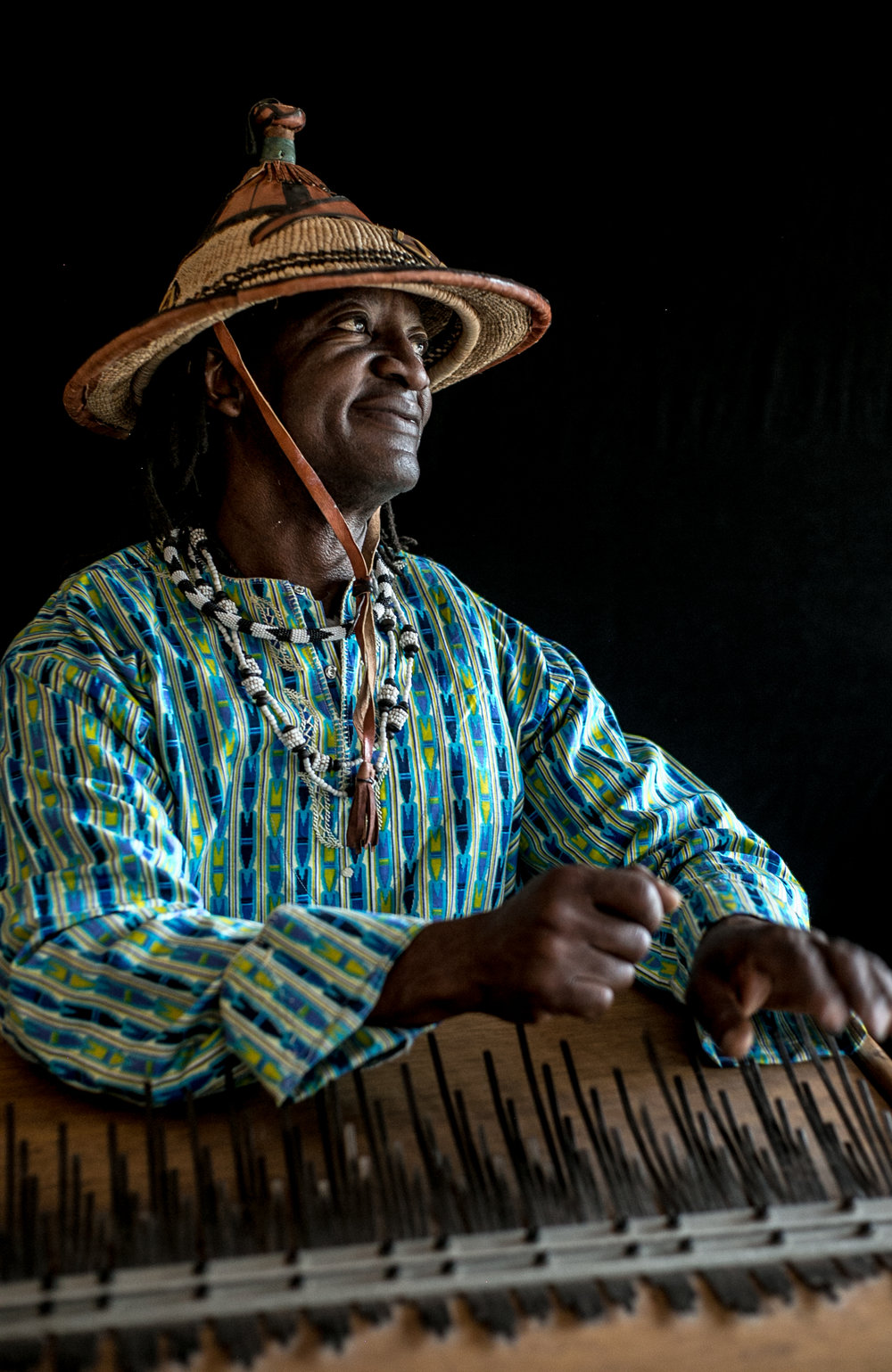 vusishibambo_handdrummer_drums_drumlessons_phoenix_Sedona_africandrums-32.jpg