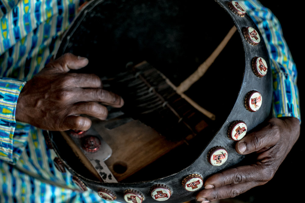 vusishibambo_handdrummer_drums_drumlessons_phoenix_Sedona_africandrums-35.jpg